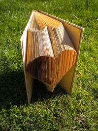 egyedi hajtogatott könyvet készítek neked