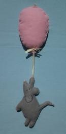 elkészítem ezt a lufival repülő egeret.